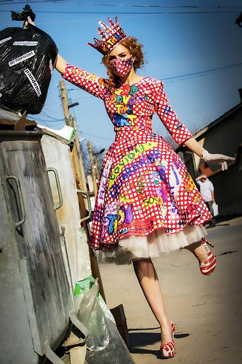 Dress Covid 19