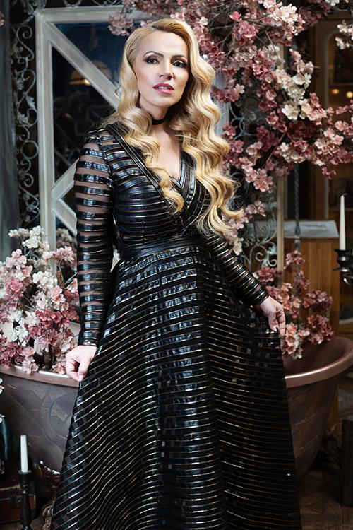 Вечерна рокля Extravagant