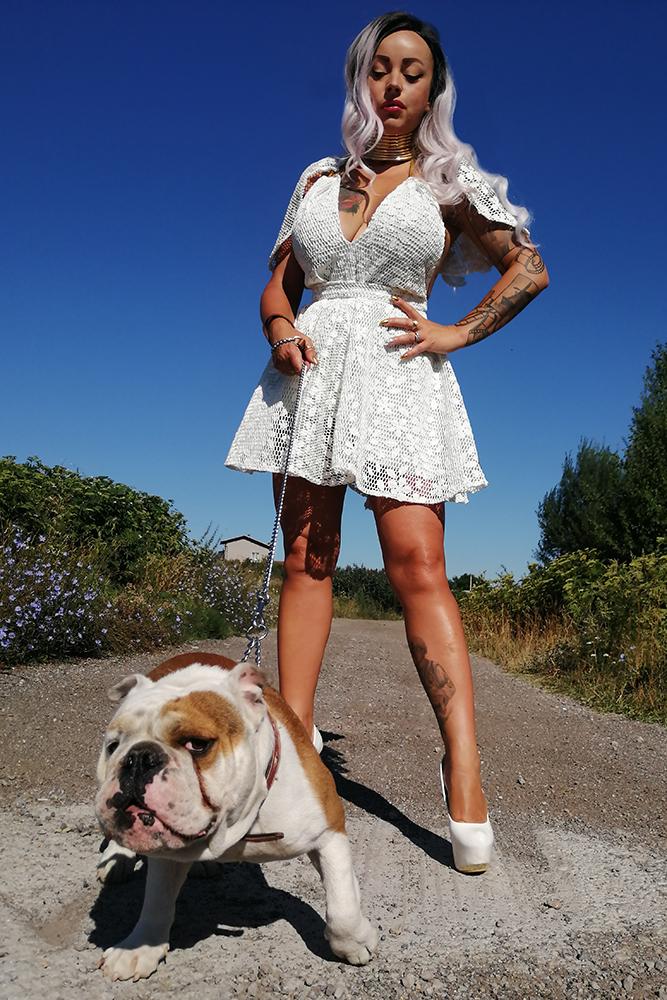 Rosa & Bulldog
